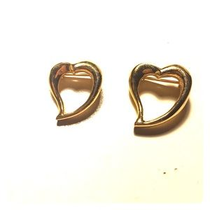 Jewelry - Two small gold heart pins